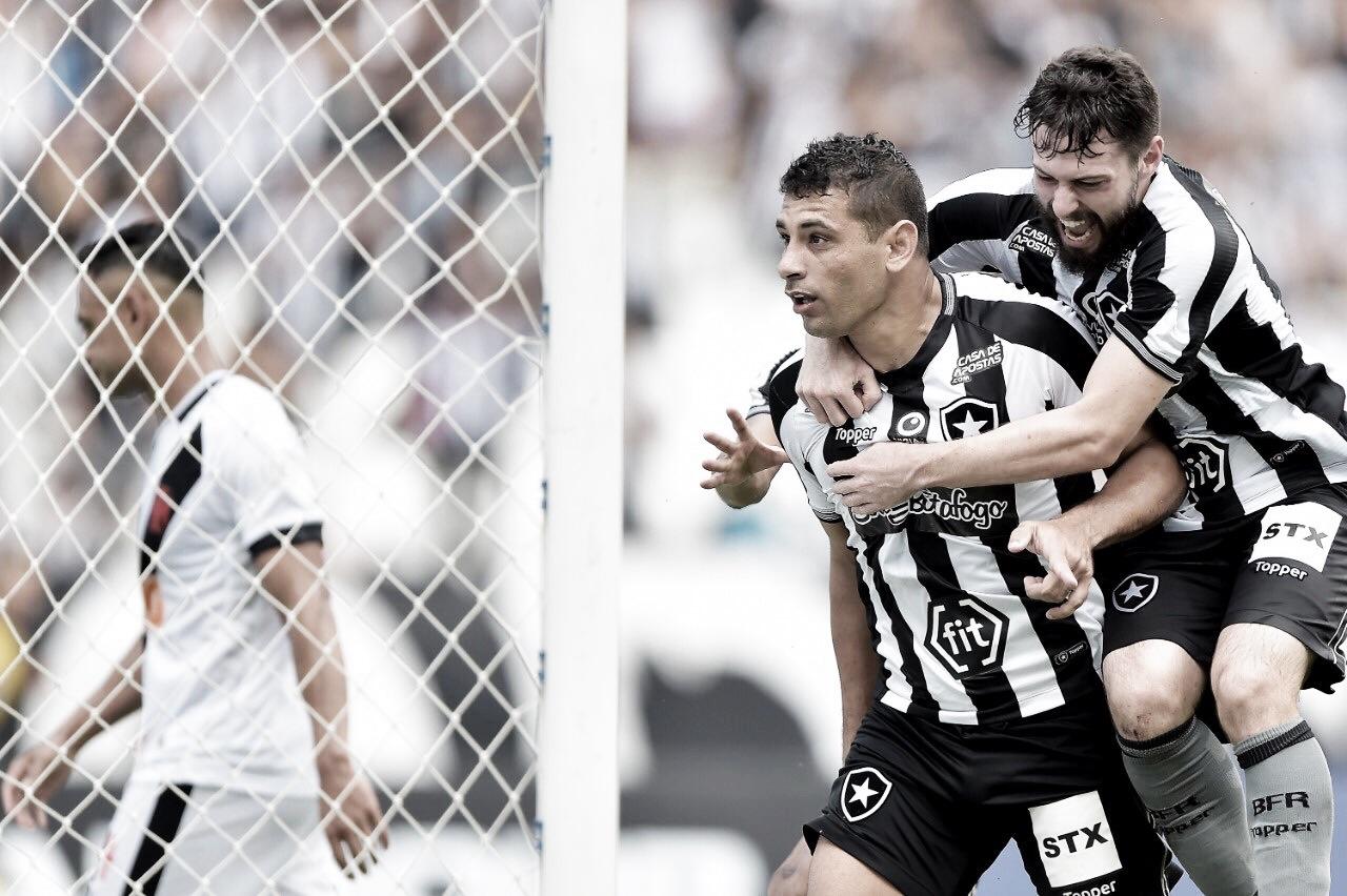 Com gol no clássico, Diego Souza chega ao top 3 de artilheiros na história dos pontos corridos