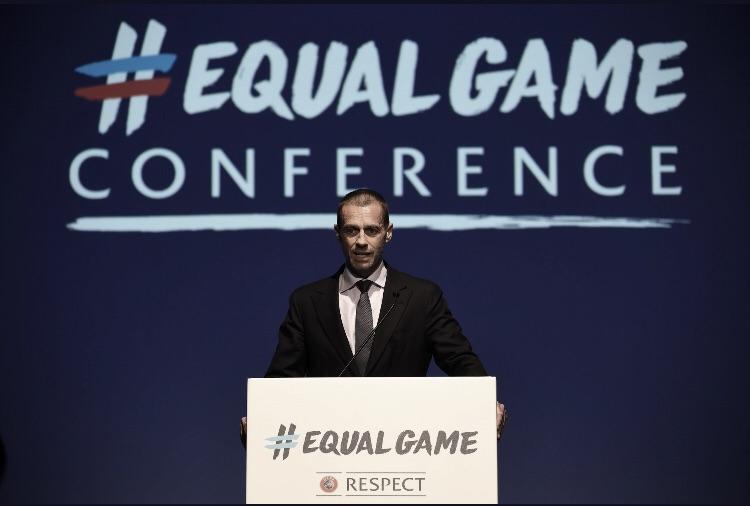 Na luta contra o racismo, presidente da Uefa pede aos árbitros que sejam mais firmes