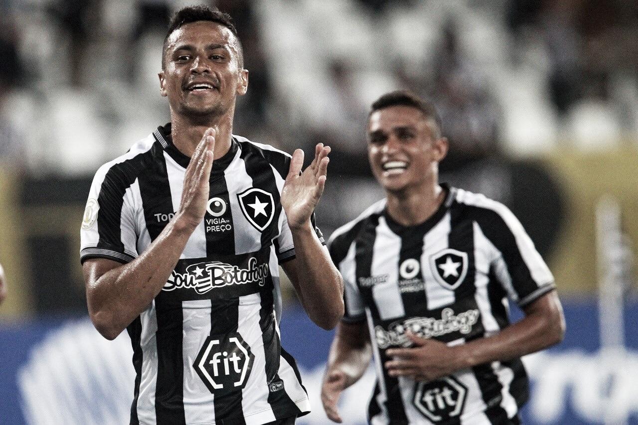 """""""Clássico Vovô"""" marca o reencontro de Cícero com o Fluminense, clube pelo qual atuou mais vezes"""