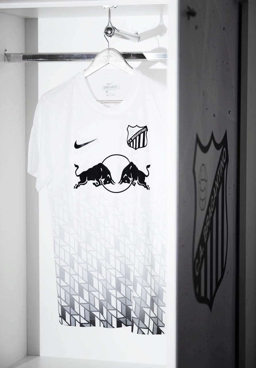 Campeão, Bragantino apresenta uniforme especial inspirado em linha retrô