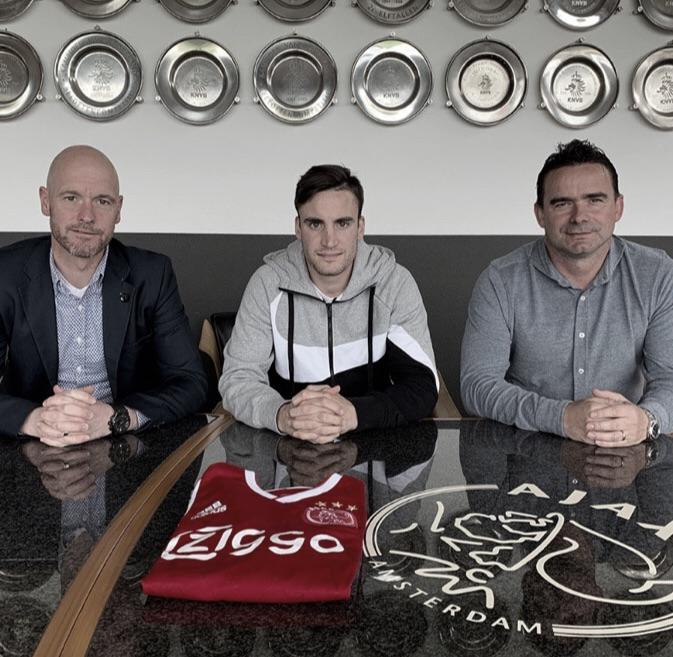 Tagliafico renova contrato com Ajax por três temporadas