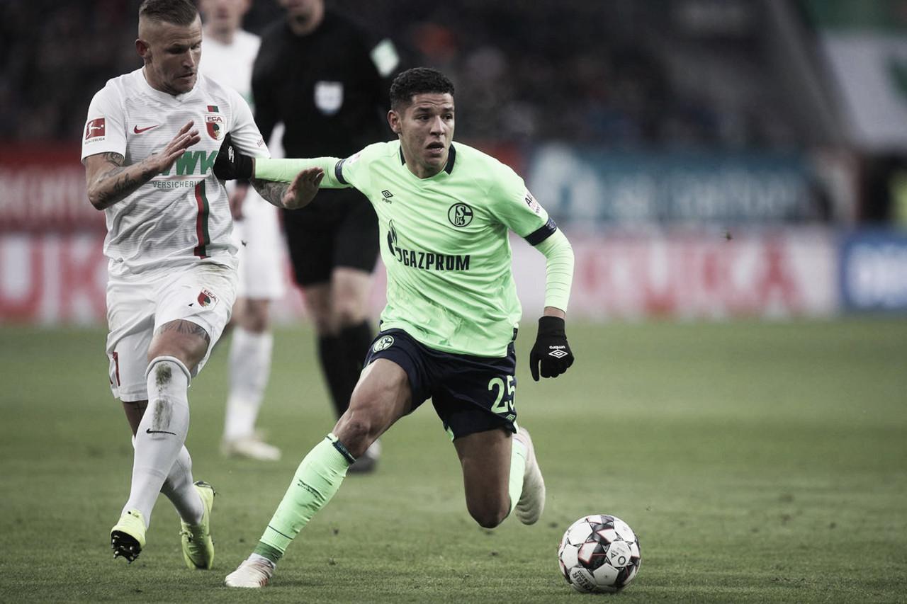 Schalke 04 sai atrás do placar, busca recuperação, mas apenas empata com Augsburg