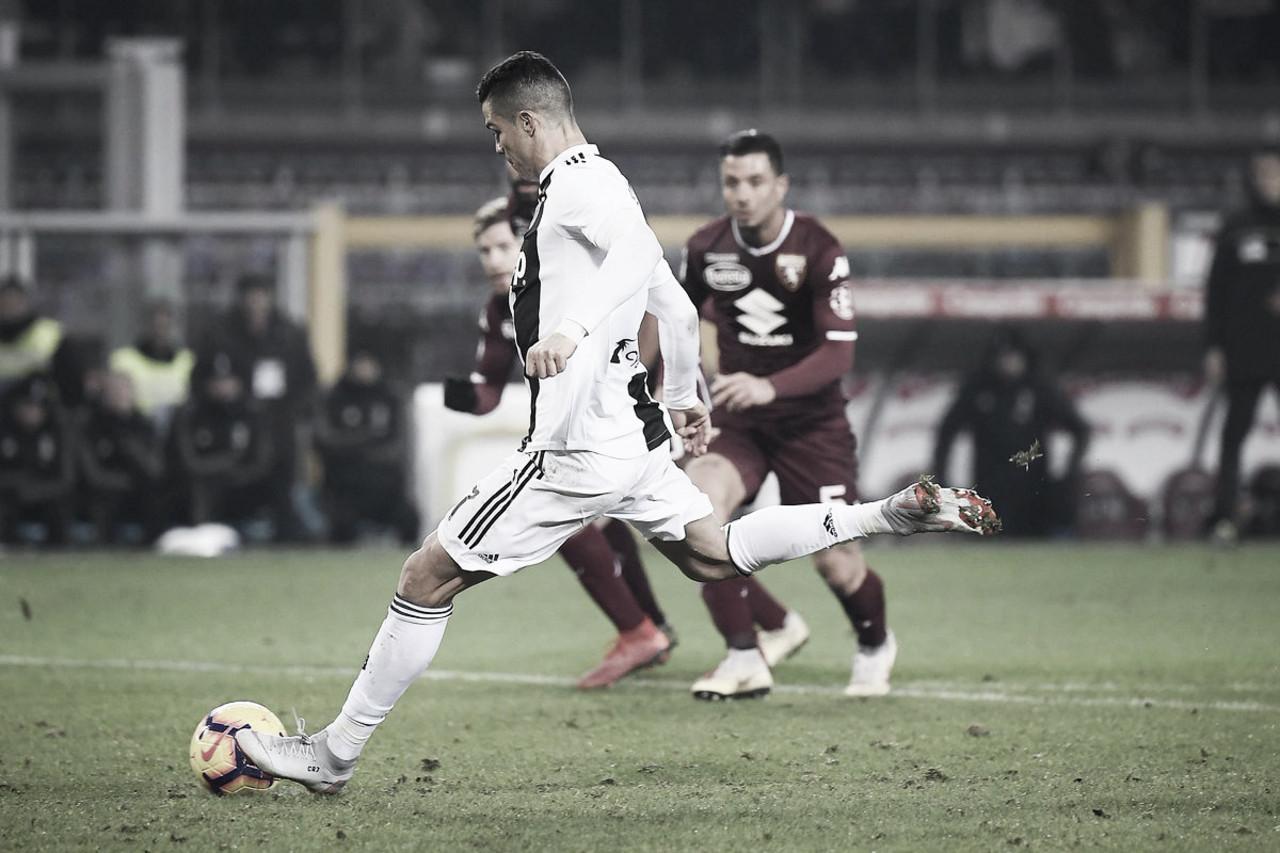 Cristiano Ronaldo marca de pênalti e Juventus vence Torino no Derby della Mole