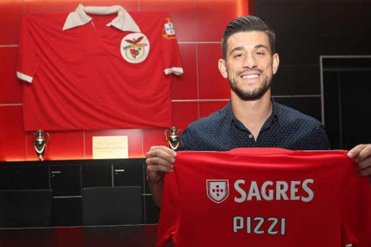 Pizzi renova contrato