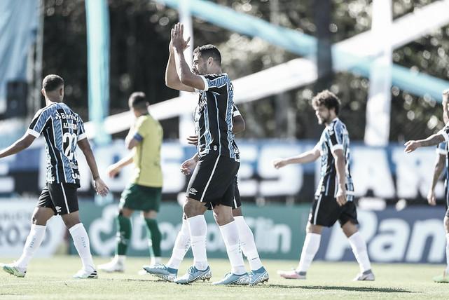 Grêmio empata com Ypiranga e tropeça pela primeira vez no segundo turno do Gauchão