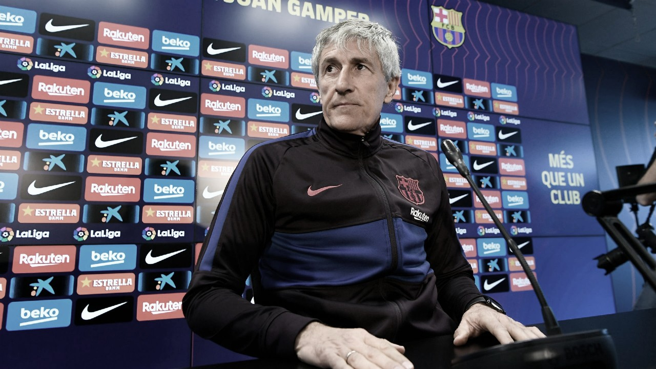 Ex-técnico do Barcelona, Quique Setién alega que não foi demitido oficialmente e cobra rescisão
