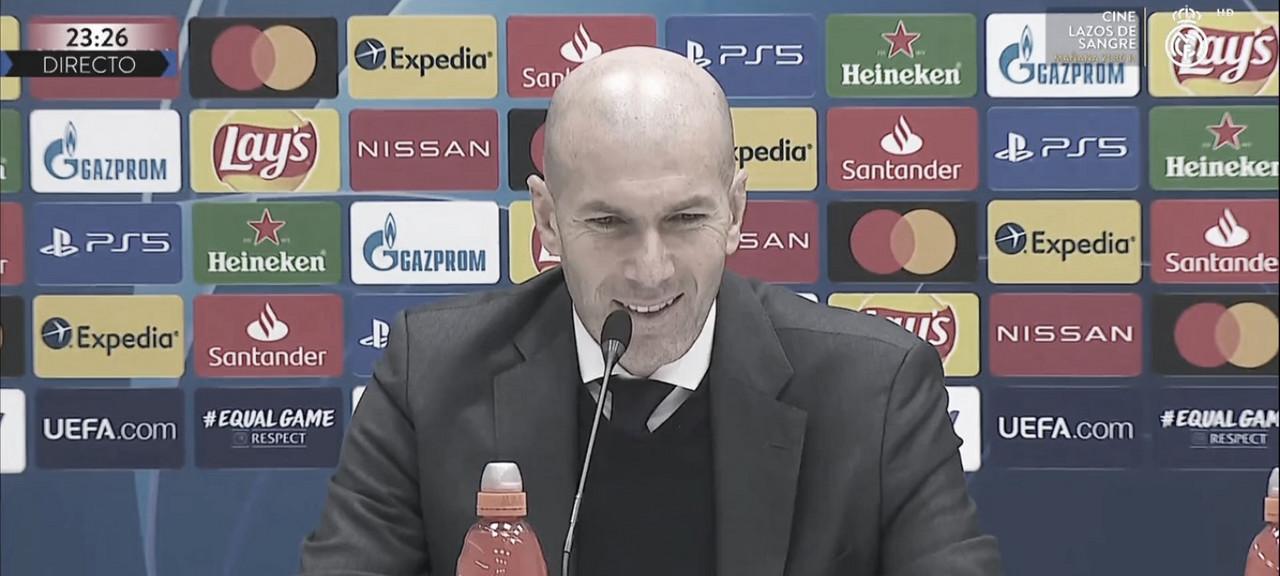 """Zinedine Zidane: """"Fue una jugada diseñada, pero el que tenía que tirar no era Mendy"""""""
