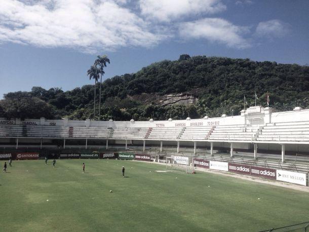 Após melhora considerável no gramado, Laranjeiras receberá área de treino específica para goleiros