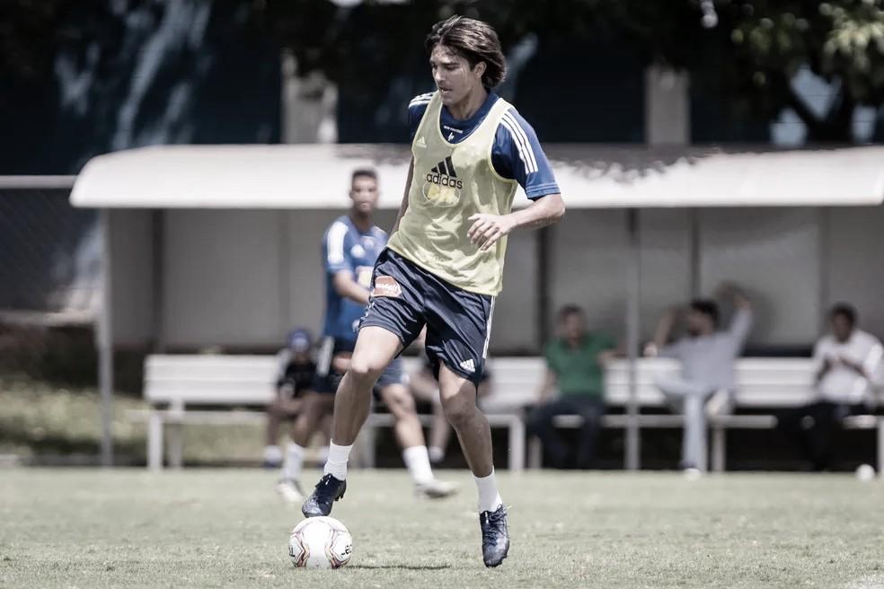Cruzeiro reencontra CRB para reacender chances de acesso
