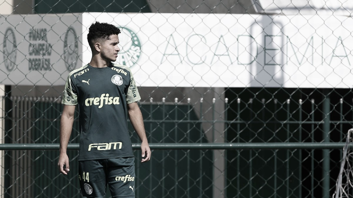 Atacante e joia da base, Gabriel Silva renova com Palmeiras até 2025