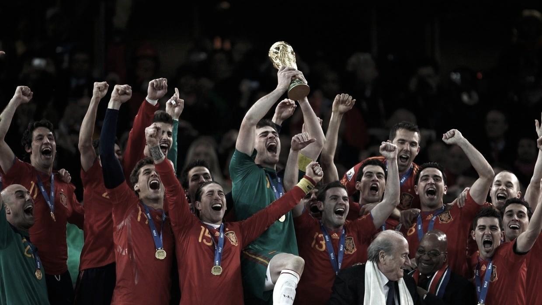 Título mundial da Espanha completa dez anos; relembre por onde andam os campeões