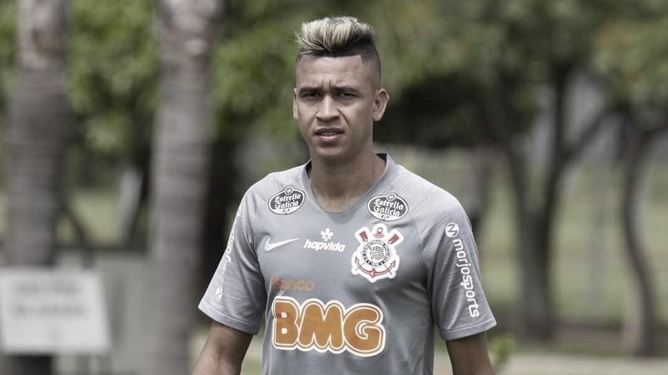Com sintoma de Covid-19, Cantillo pode desfalcar Corinthians contra Palmeiras