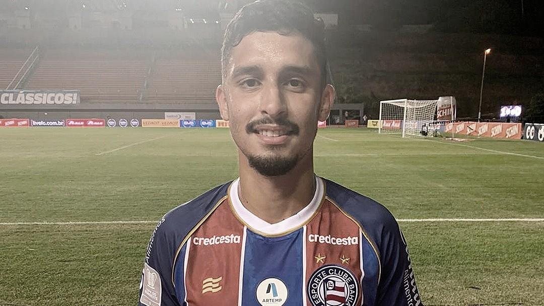 Danielzinho é o nome dele! Jogador celebra gol da classificação pelo Bahia