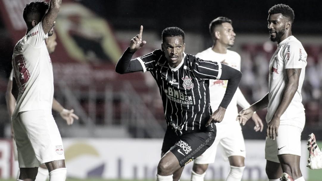 Com gol de Jô, Corinthians bate RB Bragantino e garante vaga na semifinal do Paulistão