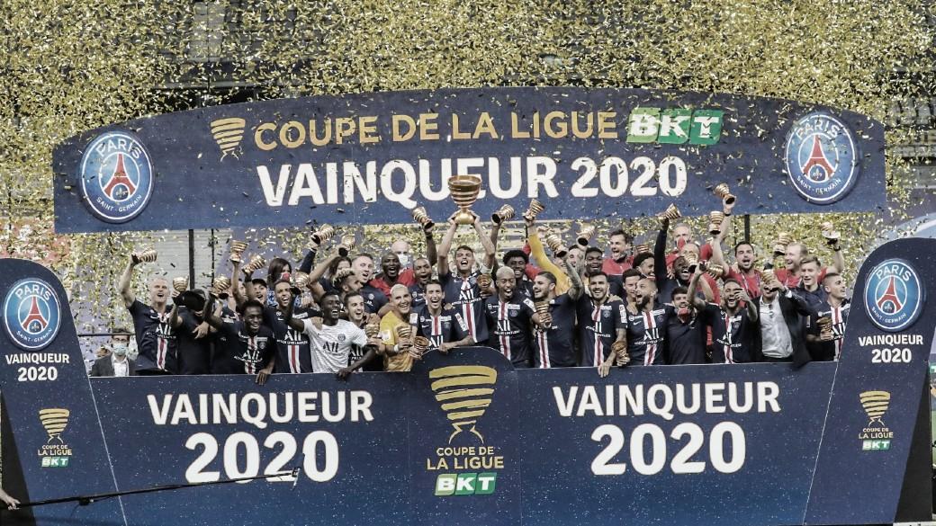 Tríplice coroa! Em final disputada, PSG vence Lyon nos pênaltis e conquista Copa da Liga