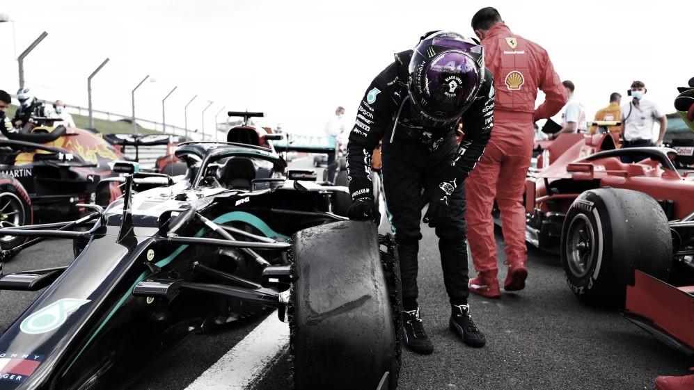 """Após vitória dramática em Silverstone, Hamilton brinca: """"Meu coração quase parou"""""""