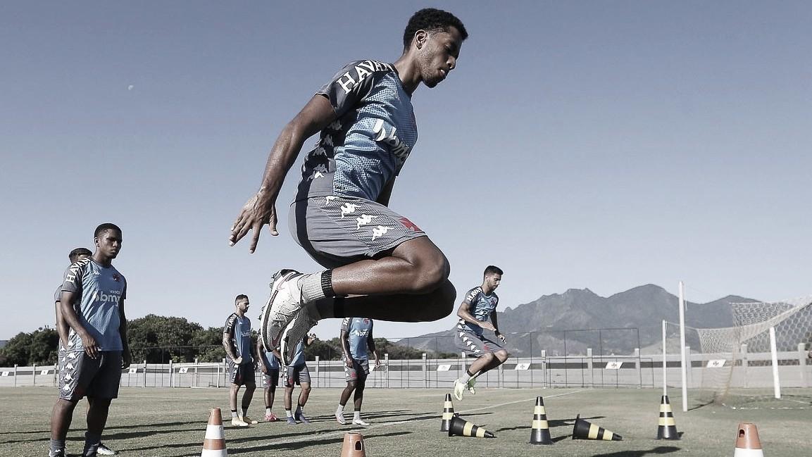 Recheado de garotos, Vasco enfrenta o Bangu pelo Campeonato Carioca