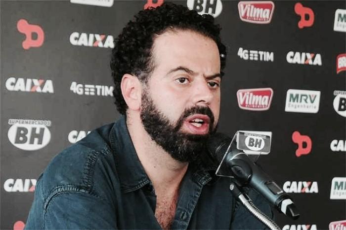 Presidente do Atlético-MG afirma que mantém busca por novo zagueiro