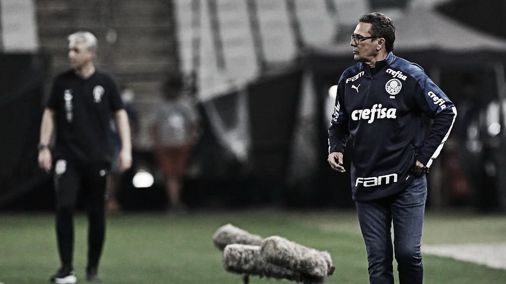 """Após vitória no Dérbi, Luxemburgo analisa: """"Tivemos o controle da partida"""""""