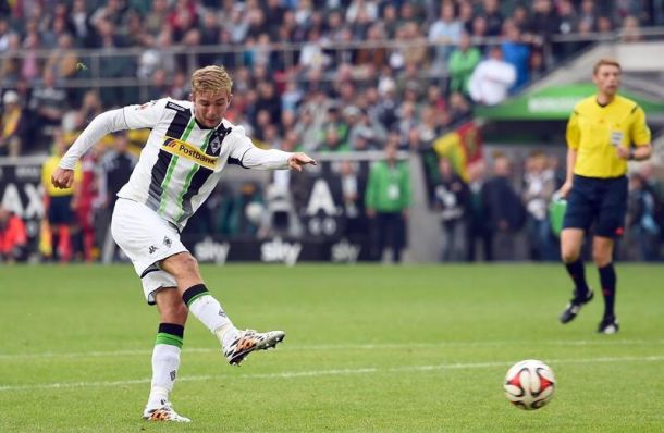 Late Gladbach goal salvages draw with Stuttgart