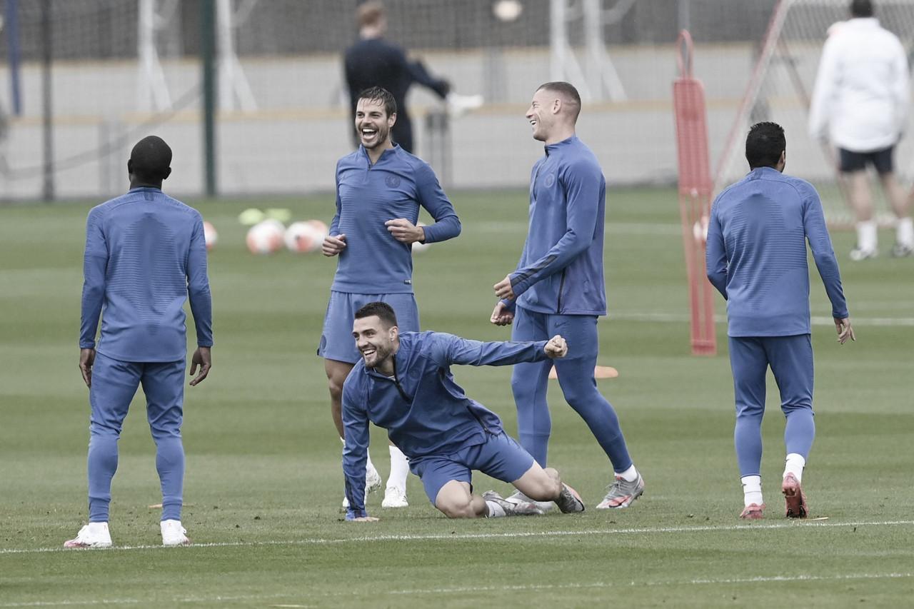 Com desfalques, Chelsea visita West Ham e busca vitória para garantir vaga na Champions League