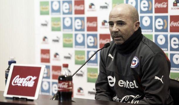 Com Valdívia, Chile divulga a lista dos convocados para a Copa América