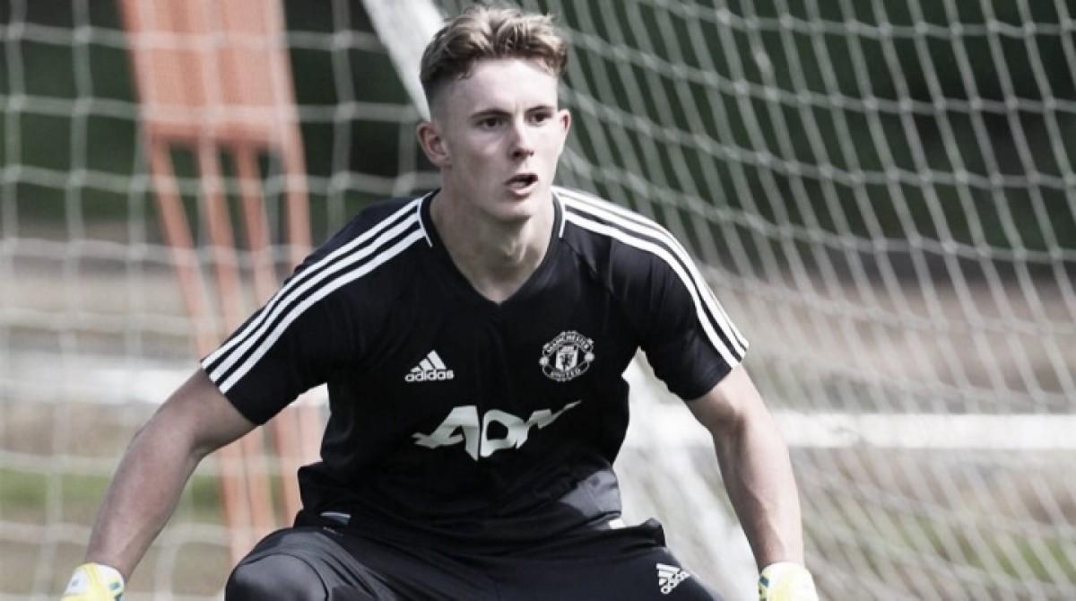 Dean Henderson renueva con Manchester United