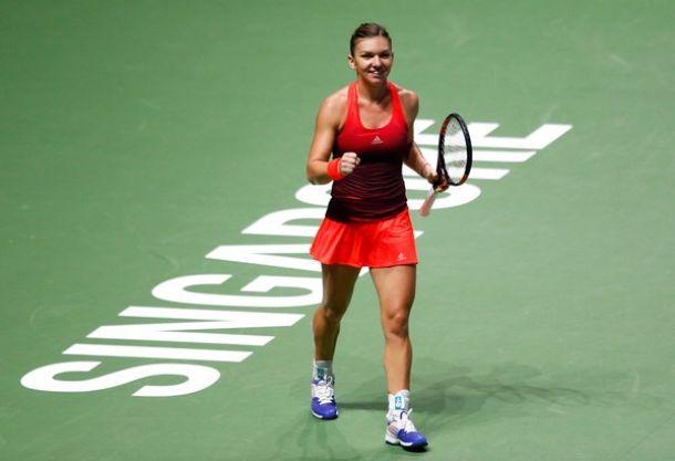 WTA Finals: Simona Halep Cruises Past US Open Champion Flavia Pennetta