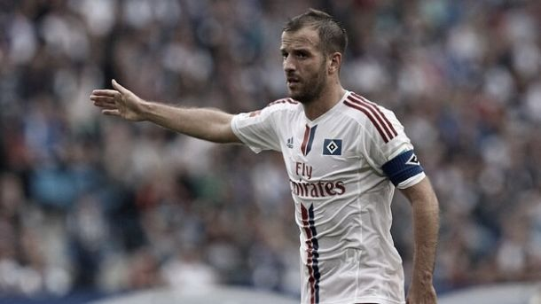 Besiktas keen on Van der Vaart after Ajax rejection