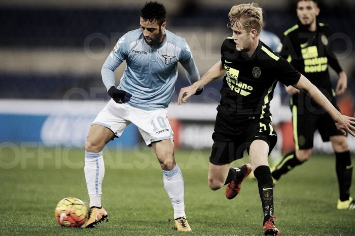 La Lazio se impone con susto a un Hellas Verona combativo