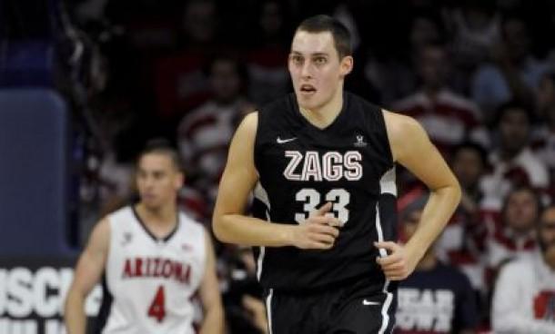 Sizzling In The Spotlight: Bennett & Wesner's College Basketball Picks For December 5