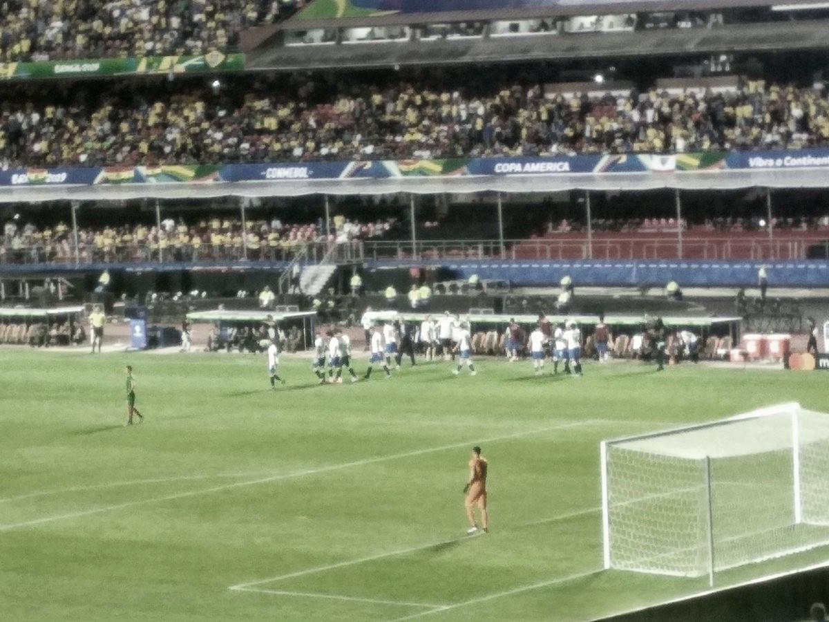 Com dois gols de Coutinho, Brasil goleia Bolívia e estreia com vitória na Copa América