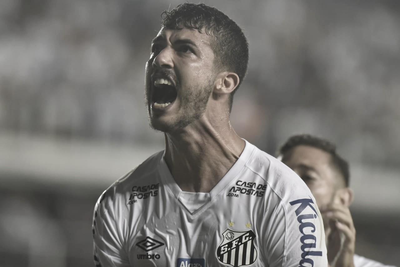 Santos vira sobre Ceará e mantém série invicta no Brasileiro