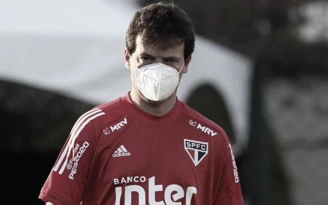 """Fernando Diniz reconhece erros do São Paulo após eliminação no estadual: """"Fomos penalizados"""""""