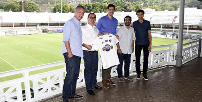 Fluminense faz parceria com Gustavo Borges para escolinhas de natação do clube