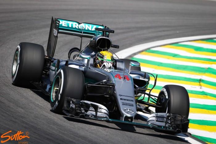 Brazilian GP: Hamilton takes crucial pole