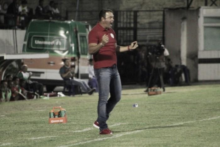 """Roberto Fernandes enaltece elenco alvirrubro: """"Superação é o nosso nome"""""""