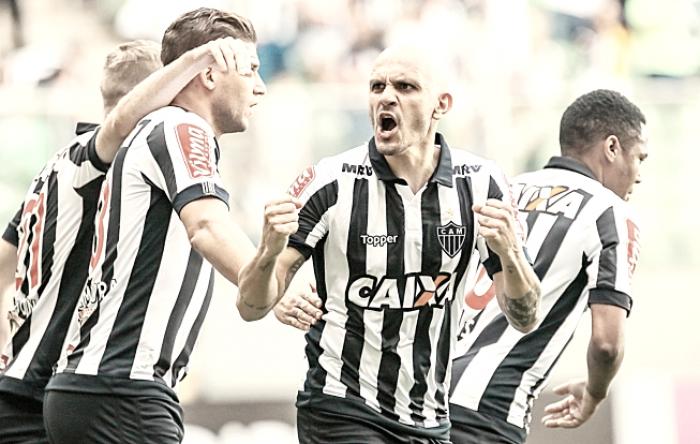 Destaque do Atlético-MG na última temporada, Fábio Santos entra na mira do futebol turco