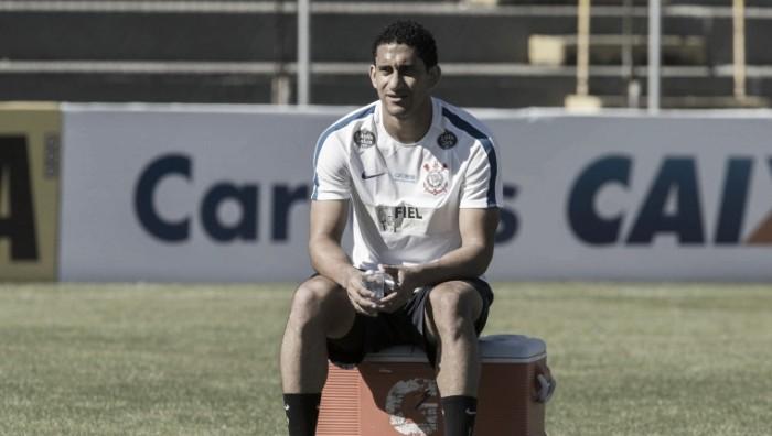 Antes confirmada pelo Corinthians, empresário suspende contratação do zagueiro Pablo