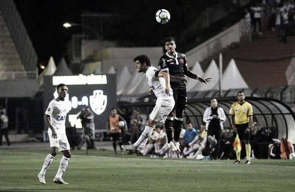 Santos sai na frente, mas cede empate ao Vasco no Pacaembu