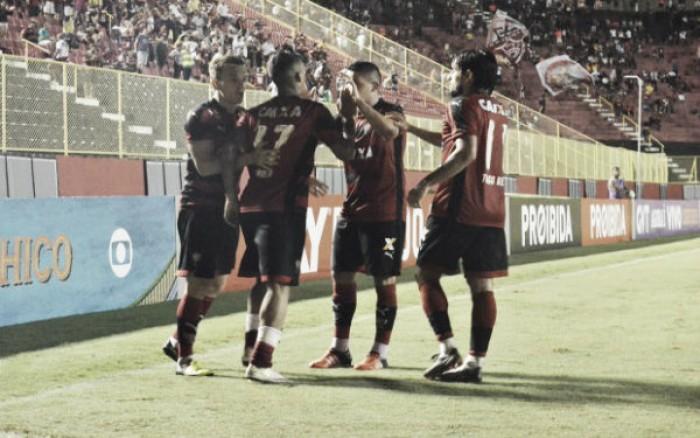 """Lateral Euller credita vitória em cima do Sport à união do elenco: """"Grupo fechado"""""""