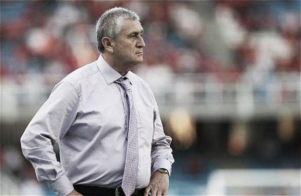 Eduardo Lara fue separado del cargo de técnico de Chicó