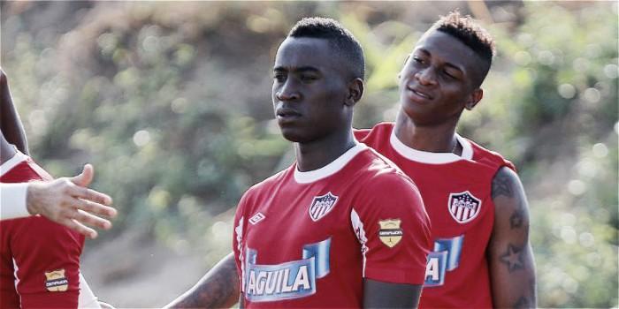 """Yorleys Mena: """"Quiero ganarme la confianza del hincha con trabajo y goles"""""""