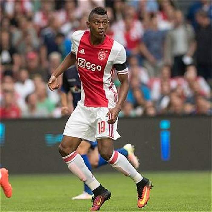 Mateo Casierra y el Ajax avanzan a la siguiente ronda de la Champions League
