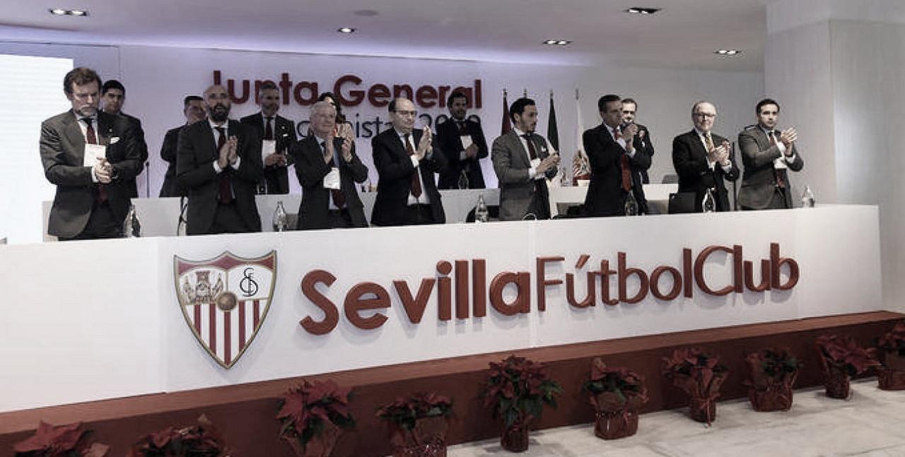 Liberar masa salarial como objetivo principal del Sevilla FC