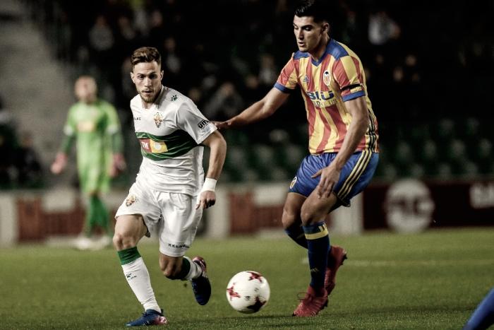 Valencia Mestalla - UE Olot: ganar para acercarse al objetivo