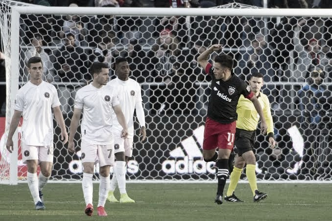 DC United gana con suspense