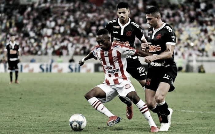 Vasco e Bangu se enfrentam pela segunda vaga na final do Campeonato Carioca