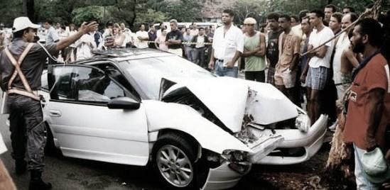 Série retrata história e reforma do carro de ex-meia Dener, que morreu em acidente aos 23 anos