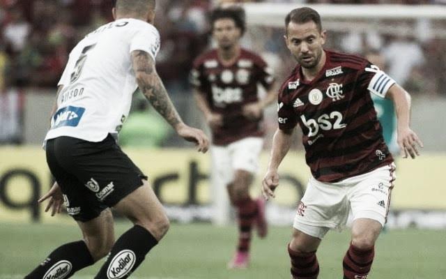 Sem vencer há três jogos, Santos busca recuperação diante do embalado Flamengo